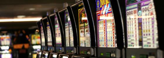 Slot Machine WIkipedia 560x200 The history of slot games